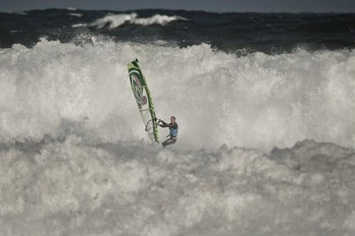 Red-Bull-Storm-Chase-Tasmania-Windsurf-03