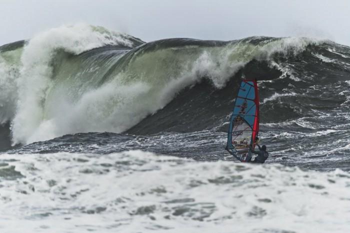 Red-Bull-Storm-Chase-Tasmania-Windsurf-08