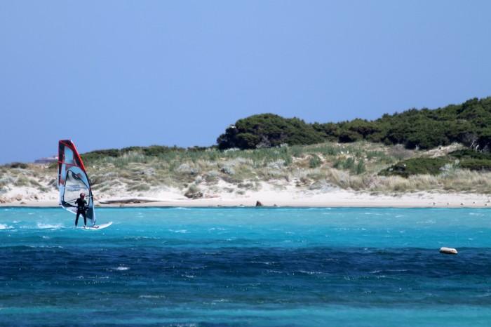 Windsurf eau turquoise